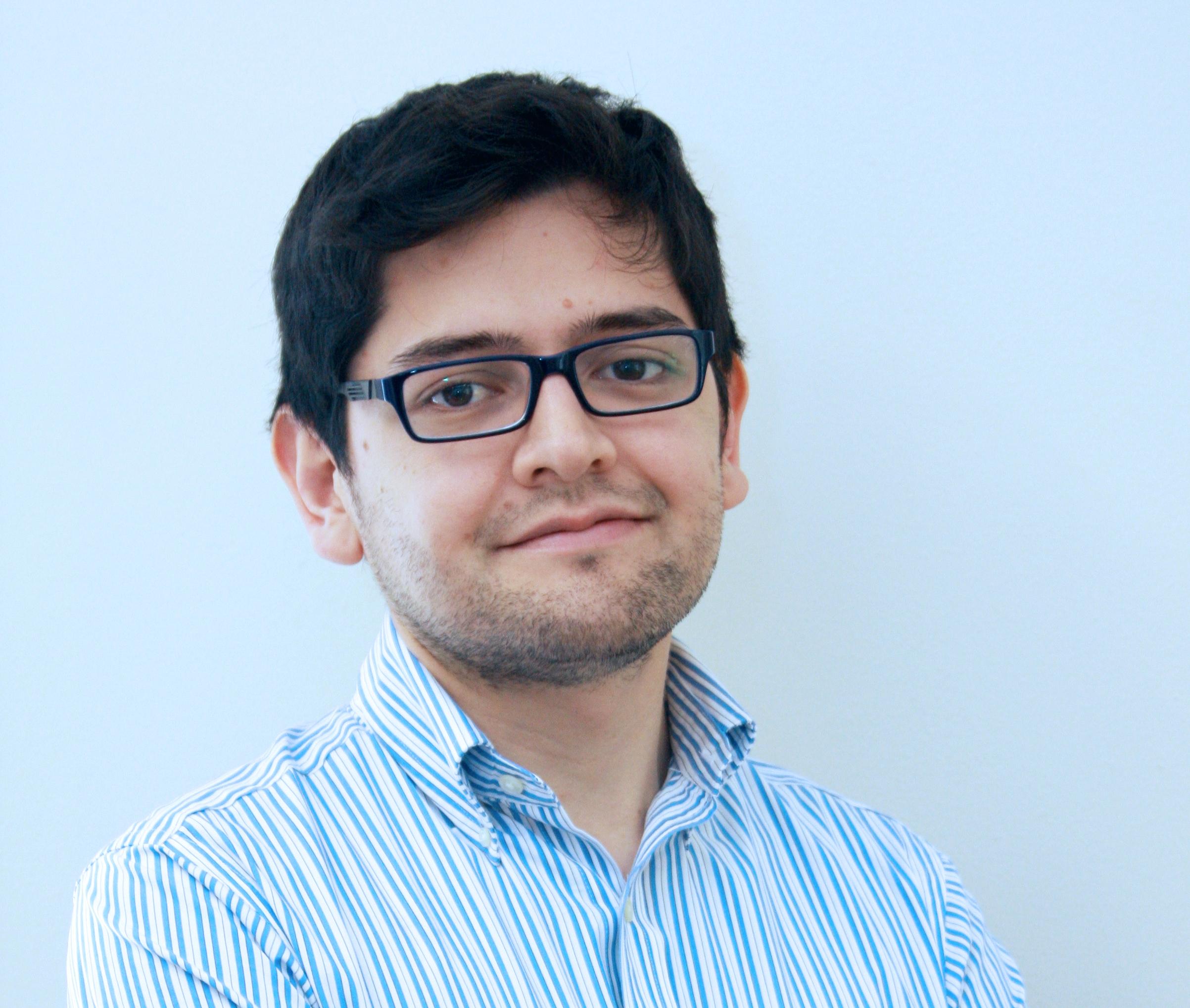El Coordinador del Programa Sociedad y Política de LyD, Jorge Ramírez, explica que en primer lugar, al mantenerse intacta la propuesta de redistritaje del ... - JORGE-RAMIREZ-2014